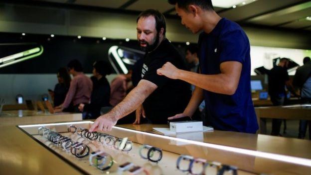 O relógio Apple é a smartwatch mais vendido no mundo, mas um relatório da IDC indica uma queda de 72% nas vendas em relação ao ano passado